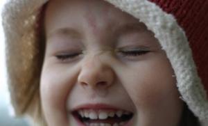 Cara agar Anak Menjadi Pribadi Ceria